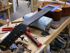 044_tuners_and_frets_completed